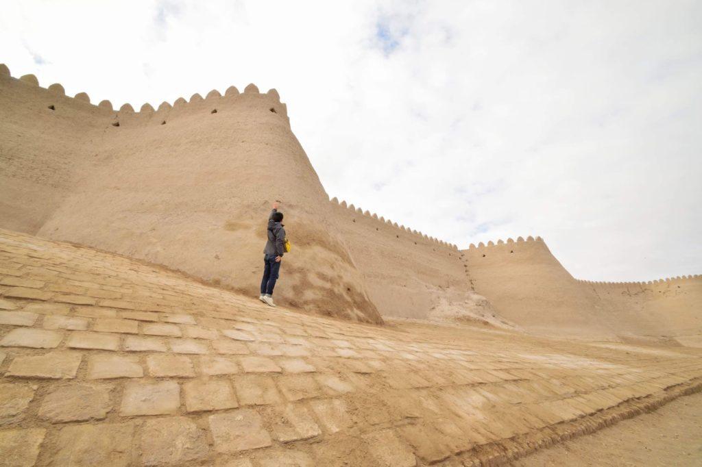 ヒヴァ旧市街イチャンカラの城壁